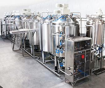 Plateforme de production - cuves stockage